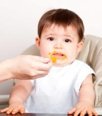 copil ce refuza mancarea