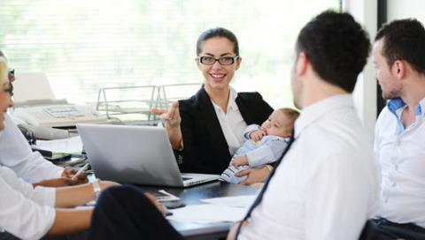 Sfaturi pentru mamica la interviul de angajare