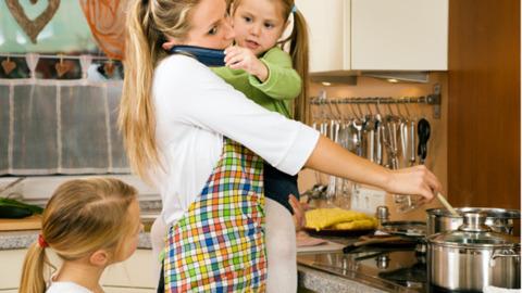 Riscul deprofesionalizarii unei mamici