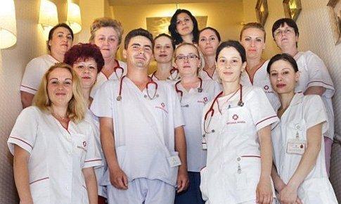 Echipa de medici de la maternitatea Regina Maria