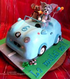 Tort Tom&Jerry in masina