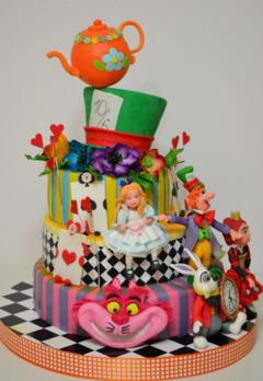 Tort copii Alice in Wonderland