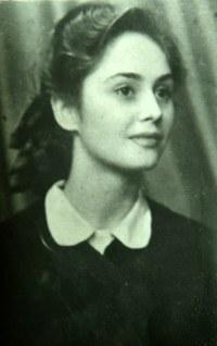 Adriana Iliescu tanara
