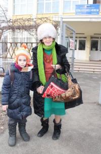 Eliza si Adriana Iliescu la scoala