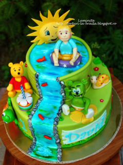 Tort Winnie si Gummy Bear