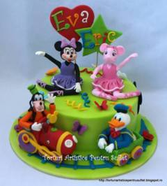Tort Minnie, Angelina, Goofy si Donald