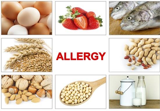 Alimente ce pot afecta compozitia laptelui matern si pot declansa alergii bebelusului