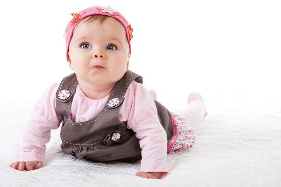 Nasturii si florile aplicate pot fi accesorii periculoase pentru bebelus