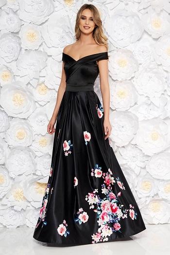 Rochie neagra, cu flori pe partea de jos