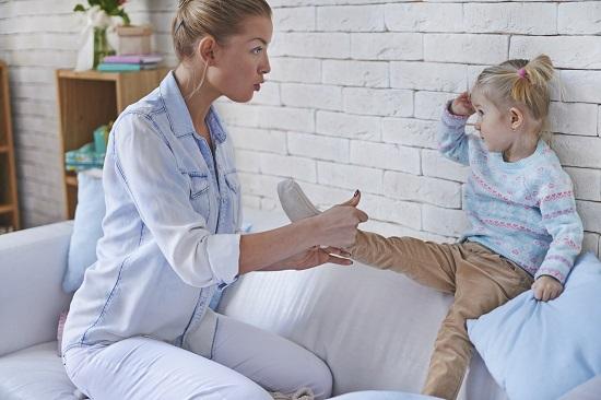 """Copiii inteleg cu dificultate distinctia dintre conceptele de """"azi"""" și """"maine"""""""