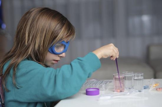 Activitate de vara pentru copii- Experiment stiintific