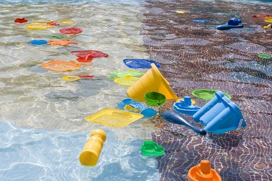 Activitate de vara pentru copii- Oare ce pluteste?