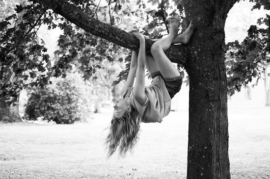 Cataratul prin copaci a fost unul dintre lucrurile grozave din copilaria noastra