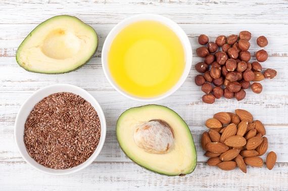 Alimente ce contin grasimi sanatoase