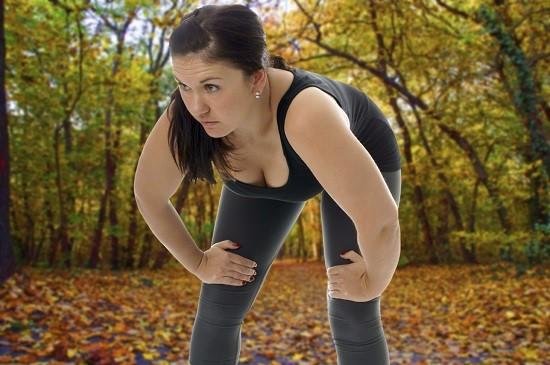 Alergatul poate afecta articulatiile
