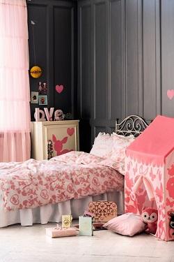 Dormitor de fetite cu tema Fairy tale pink