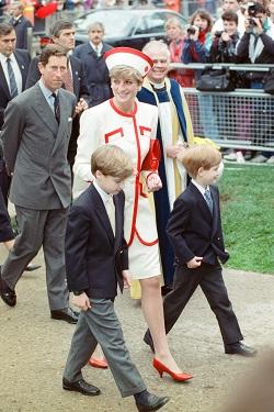 Printesa Diana alaturi de fiii ei