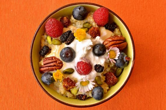 Amarant cu fructe si tot felul de nuci