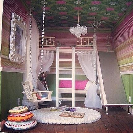 Dormitor in roz si verde
