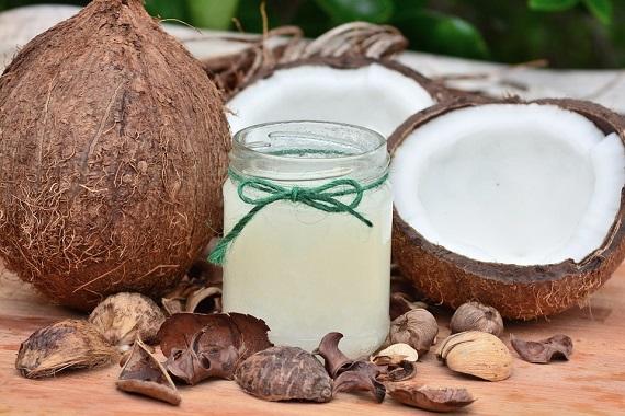Ulei de cocos si nuca de cocos