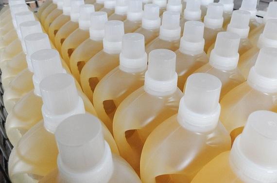Detergenti lichizi de rufe