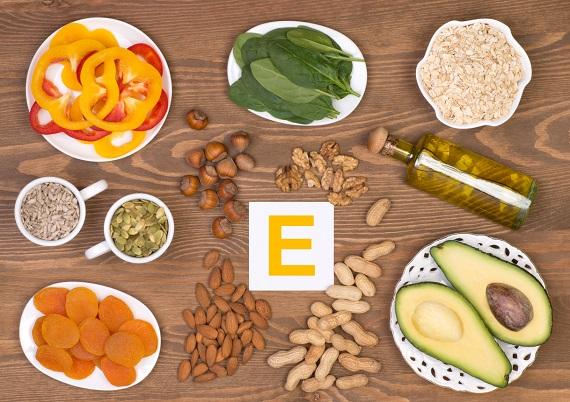 Alimente ce contin vitamina E