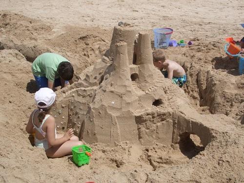 Castel de nisip inspirat din filmele fantastice