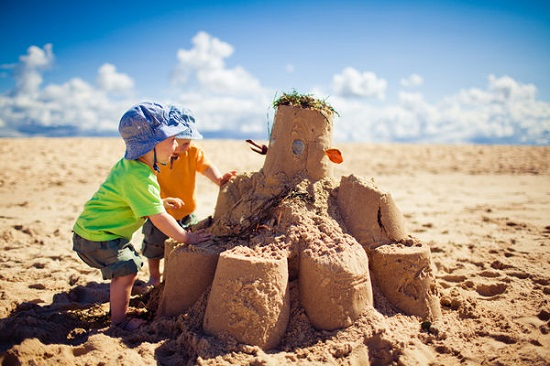 """Castel de nisip """"Stonehenge"""""""