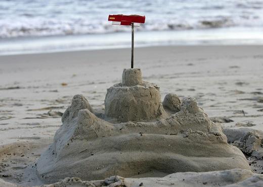 Castel de nisip  cu stegulet