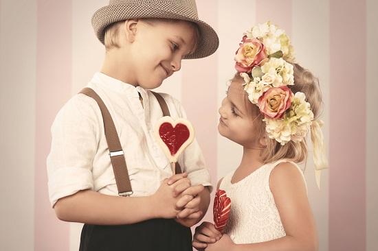 """Baietel al carui nume se poate traduce prin """"iubire"""":Valentine"""