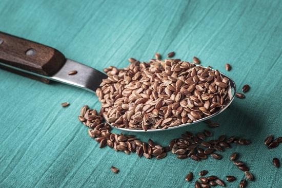 Nu trebuie sa consumam mai mult de o lingurita de seminte de in pe zi in perioada sarcinii