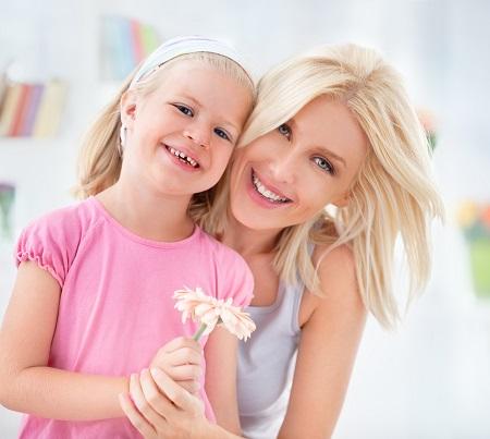 Mama si fiica ei