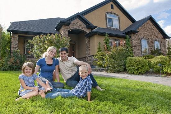 In general, copiii de succes provin din familii cu un statul socio-economic ridicat