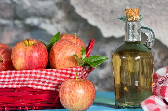 Otetul  de mere este bun pentru albirea rufelor