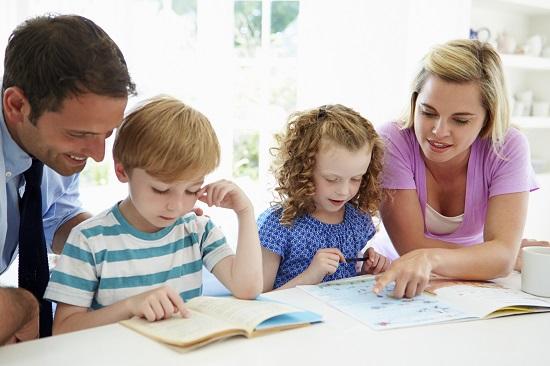 Copiii de succes au parinti cu o inalta pregatire academica