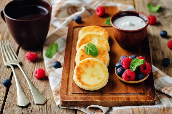 Clatite ucrainene cu branza dulce