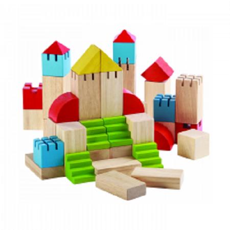 Blocuri din lemn cu tot felul de forme
