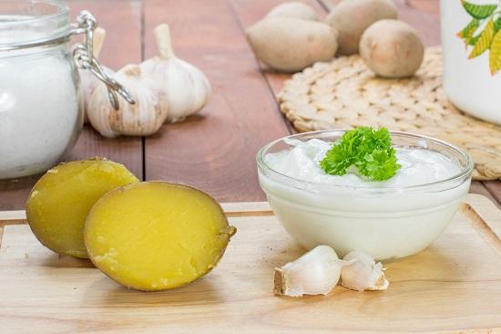 Ce trebuie sa mananci in cadrul unei diete cu cartofi si iaurt