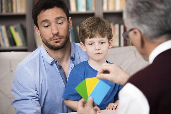 Copilul adoptat poate avea nevoie de ajutor specializat