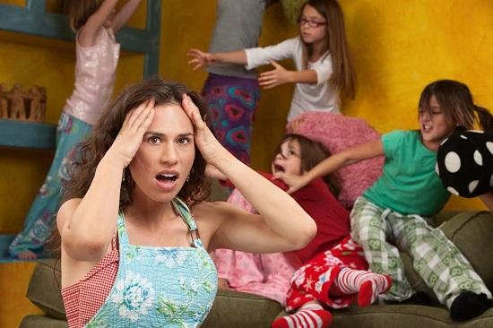 Mama disperata de haosul provocat de copii