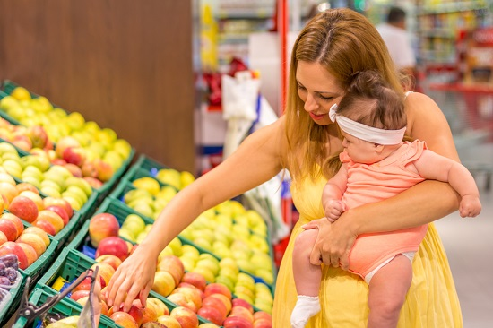 In loc de dulciuri, in perioada alaptarii alegeti fructe proaspete