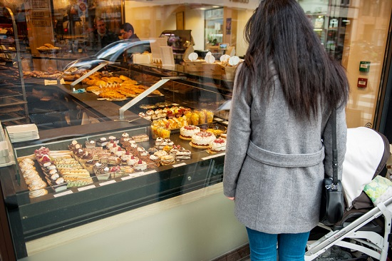 Dulciurile pe baza de zahar nu sunt recomandate in timpul alaptarii