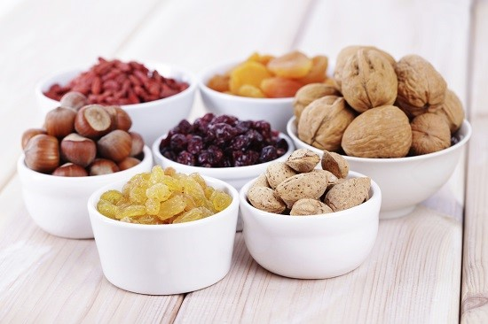 Fructele uscate- o gustare potrivita pentru  o mama ce alapteaza