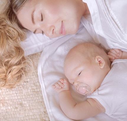 Odihna si relaxarea pot stimula lactatia dupa cezariana