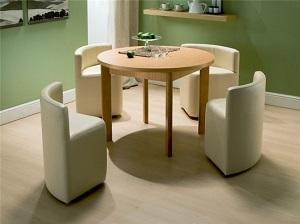 Set format din masa si scaune