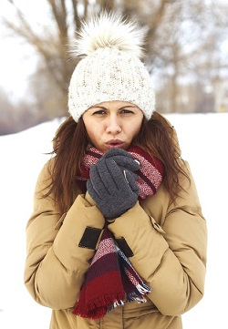 Aerul rece poate declansa alergia la frig