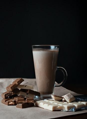 Ciocolata calda in pahar