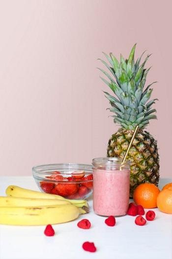 Smoothie din mai multe fructe