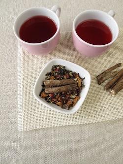 Ceai si radacina de lemn-dulce