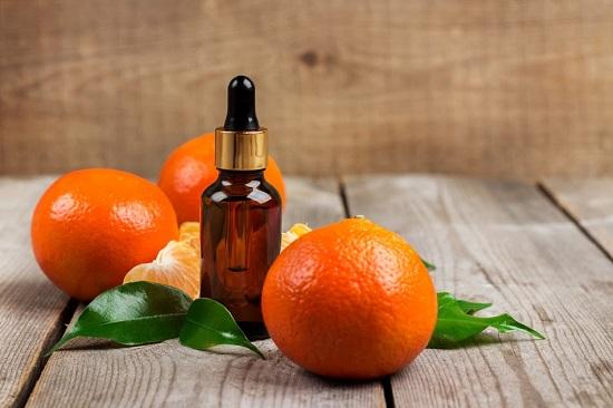 Uleiul de mandarine este util contra celulitei